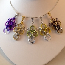 Minuet pendants with Swarovski crystal rings